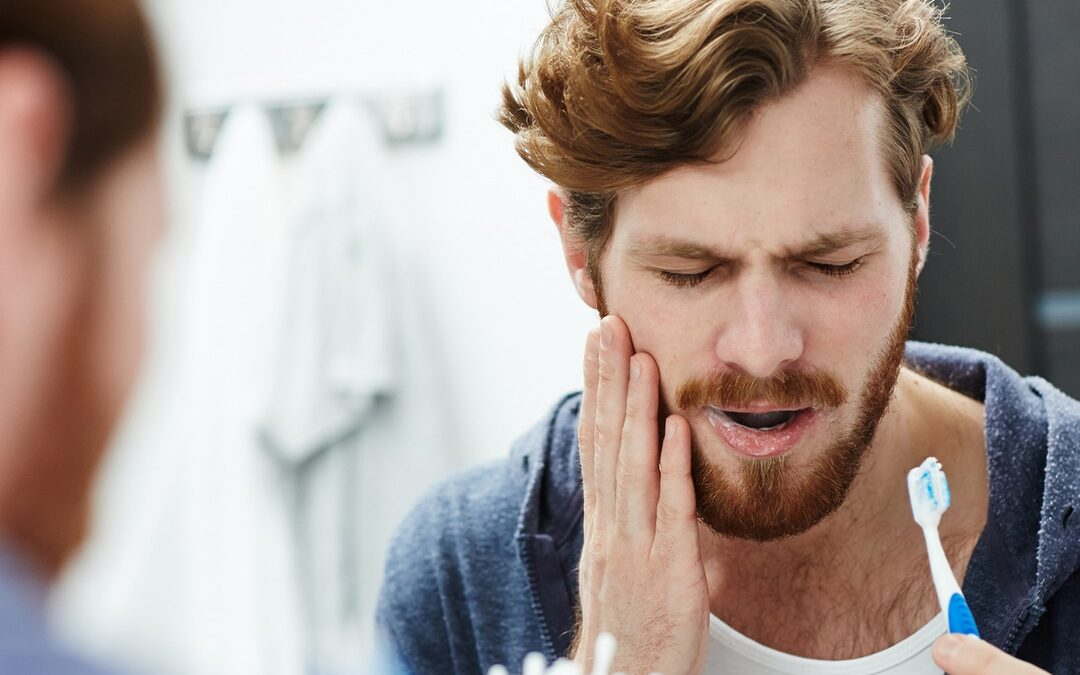 Does Your Tooth Hurt? Common Toothache Causes